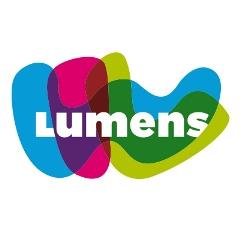 Criminoloog Jeroen van den Broek ondersteunt de schoolmaatschappelijk werkers van Lumens bij de implementatie van social media binnen hun dagelijkse werk (2021).